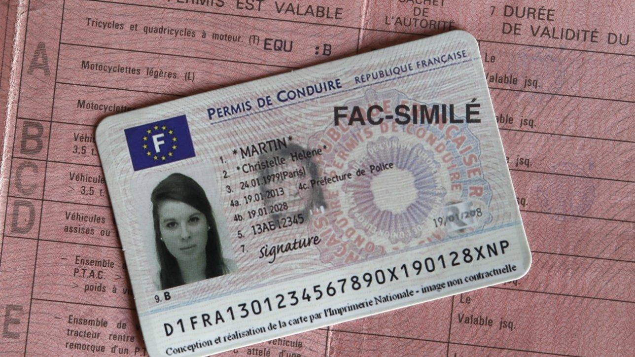 Ancien et nouveau permis de conduire/Carte de permis de conduire